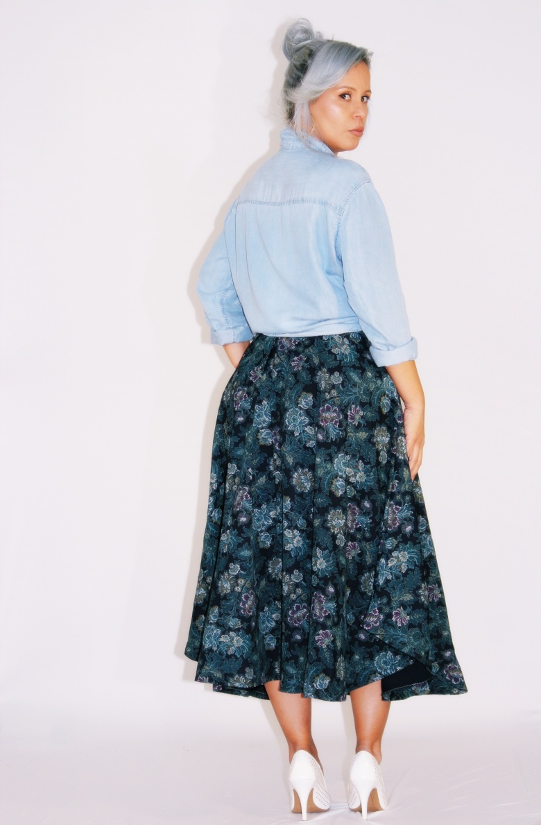 Navy Floral skirtIMG_4531